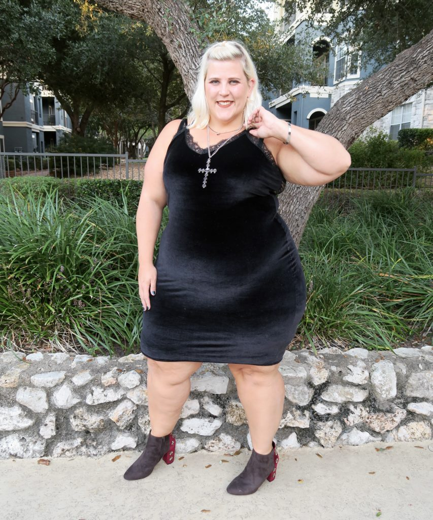 plus size outfit inspiration queen of lace: velvet plus size
