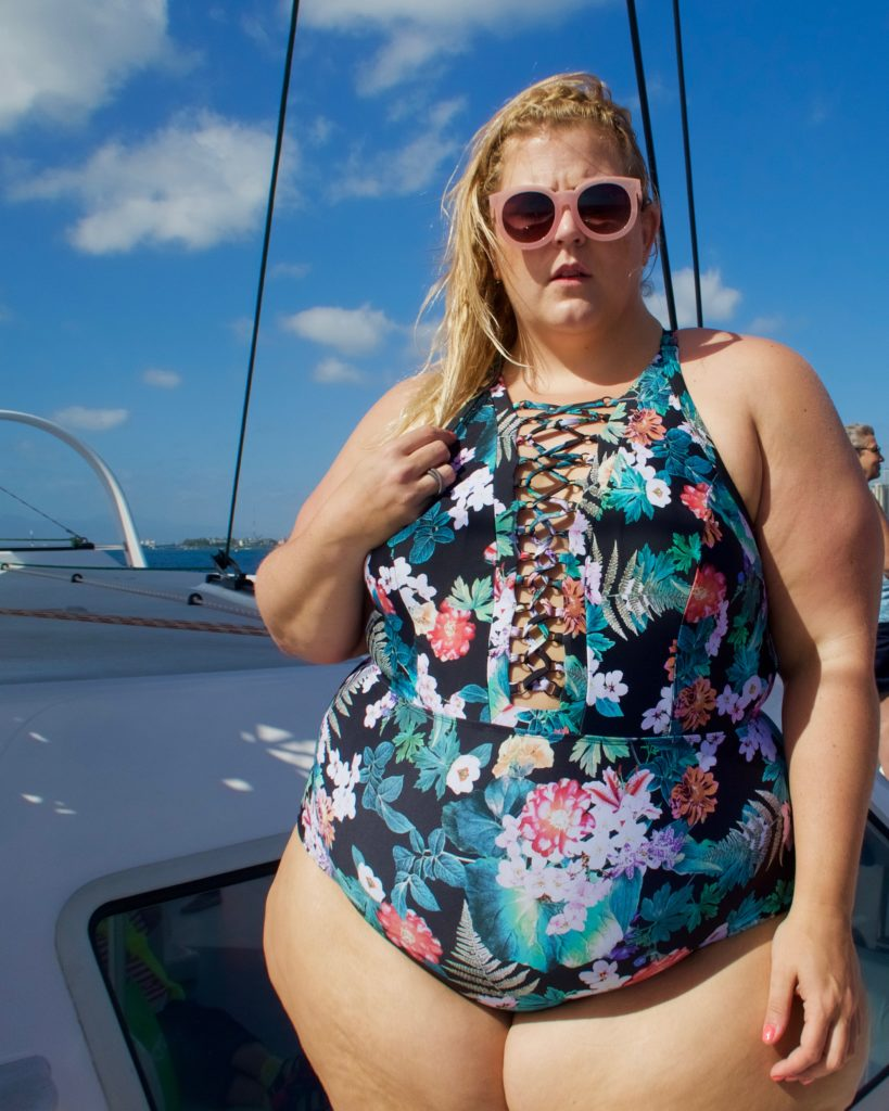 78bdd4c189 I tried the first suit out- a super sassy laced up one piece– on a  catamaran cruise around Oahu.
